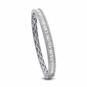 CLASSIC 18K WHITE GOLD BAGUETTE AND ROUND DIAMOND BANGLE