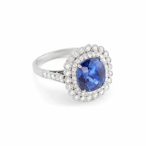Heritage Platinum and Sapphire Ring