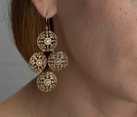 The Arabesque Collection: Openwork Designs of Silver, Gold, Gemstones & Diamonds