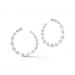 Jade Trau 18k Gold Crescent Diamond Earrings